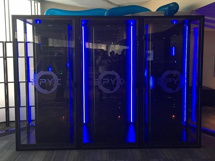 AMD выпустила официально серверные процессоры EPYC 7000