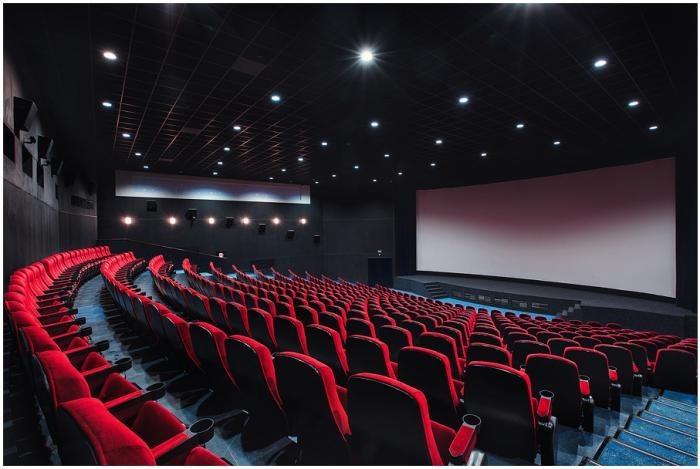 Россияне стали меньше тратить на кинотеатры