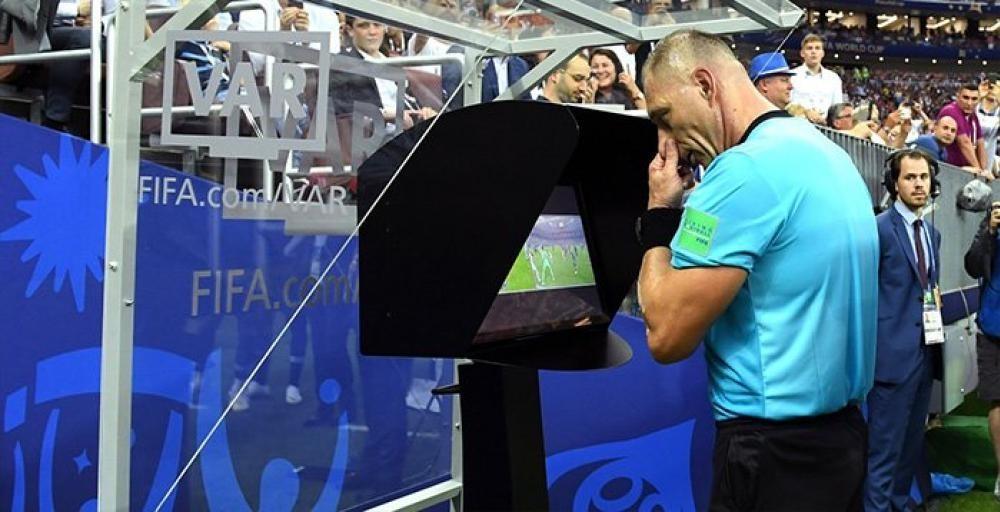 В FIFA 19 нет системы видеоповторов